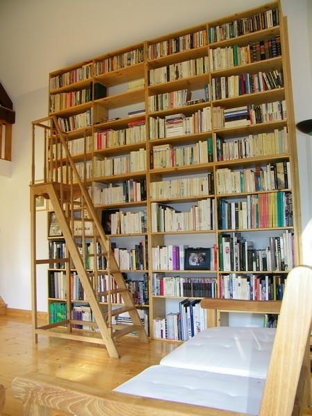 La bibliothèque idéale de Laurine Pesek dans Bibliothèques idéales fabrication-escalier-de-bibliotheque